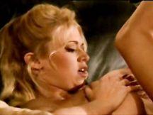 Video porno - mature lesbiche tettone