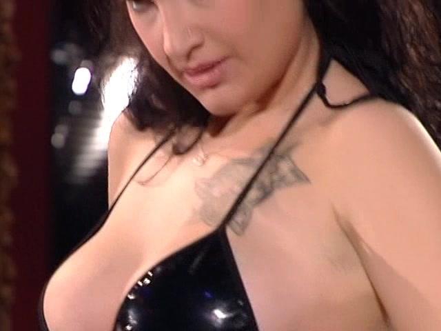 scopa la sorellastra video porno donne sessantenni