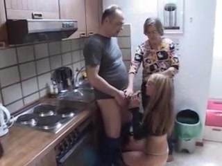 Madri Horney che seducono il porno
