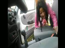 Mi trombo una prostituta nel parcheggio condominiale