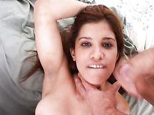 Video porno - latine sborrate in faccia
