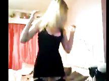 Strip in webcam di bionda sexy