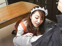 Pompino da cameriera giapponese
