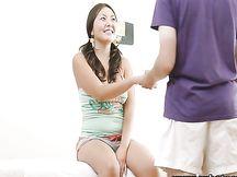 Teen giapponese sexy massaggiata e scopata