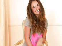 Allie Haze si masturba
