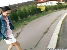 Sesso a pagamento per strada
