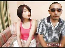 Video moglie giapponese iniziata al sesso