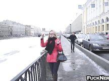 Sesso hardcore con calda turista con gli occhiali