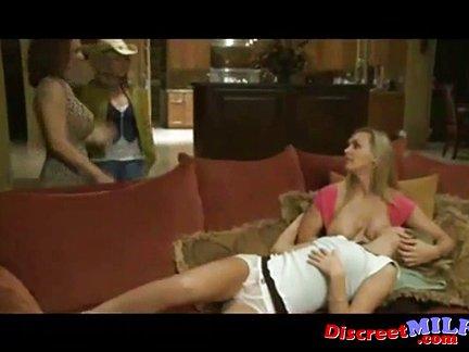 cam tettone video amatoriali di lesbiche italiane
