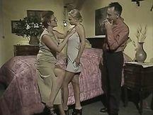 Monica Roccaforte e Joy Karins scopate a tre