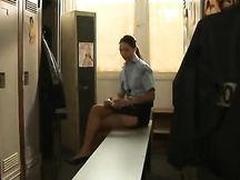 Video porno - sesso in uniforme