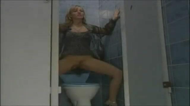 MILFs sesso ruvido inglese gangbang porno