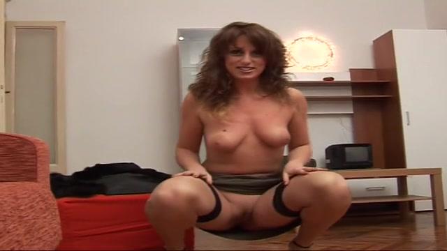image Amatoriale italia video porno gessica rizzo valentina e maria trombano come 2 troie bocchinare