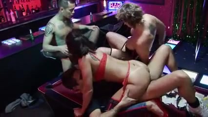 Donne masterbating squirting