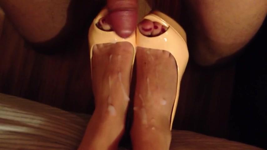 piedi di donne mature sborra