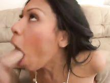 Una bella dose di cazzo per Cassandra Cruz