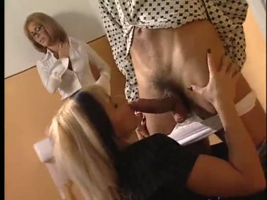 Ebano profondo gola porno
