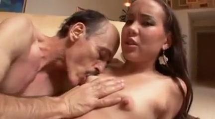 Vecchio scopa giovane gay porno