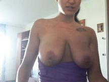 Faccio le pulizie in topless...che ne dite ?