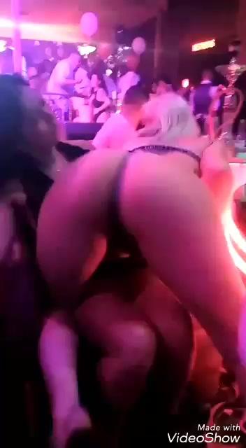 sesso in strip club video