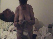 Matura del sud in sexy lingerie