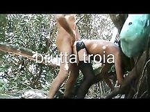 Cagna slave inculata