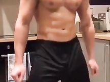Fa bene tenere tutti i muscoli molto ben allenati
