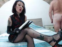 Miss Wagon e lo schiavo di merda jhon - Tickling, perchè tu meriti di soffrire! - PARTE 1