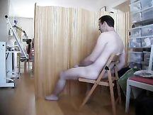 Festa di addio al nubilato con modello nudo