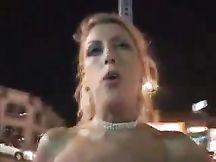 Chelsea soddisfa un cliente con bocca culo e figa