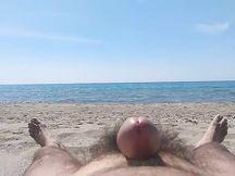 La mia prima sborrata in spiaggia (2019)