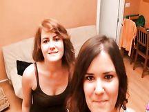 Sorelle lesbiche fanno una orgetta