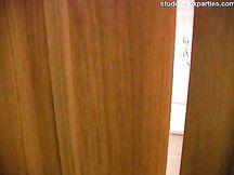Rossa amatoriale scopata in sauna