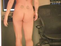 Ragazza italiana si masturba in webcam
