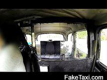 Scopata in taxi