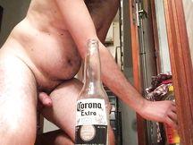 Inculato dalla bottiglia