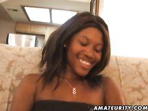 Bel pompino interrazziale da fidanzata nera