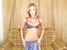 Teen latina bionda inculata