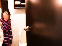 Bella fidanzata scopata in bagno