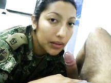 Poliziotta colombiana molto porca