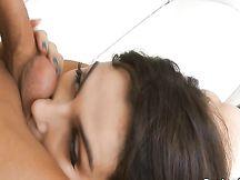 Valentina Nappi mostra il culo