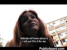 Sesso anale amatoriale in pubblico