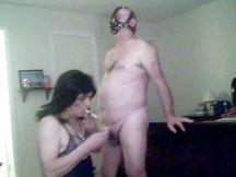 Vecchia transex bruna fa sesso BDSM