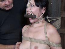 Sesso BDSM con troia cinese