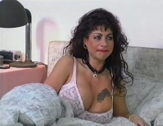 Gola profonda mamma porno