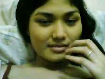 Selfie della mia ragazza che si strofina la figa
