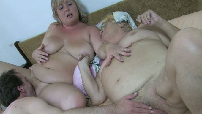 Gay threesome cum swallo