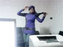 Moglie araba con il velo balla come una puttana