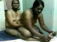La mia giovane moglie indiana in cam